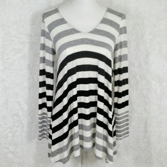 ce2183859b0 Anthropologie Tops   Anthro Puella Darcy Striped Swing Tunic 388 ...